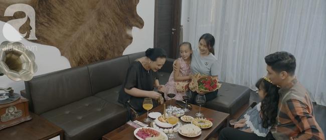 Gia đình hạnh phúc của cặp Thái - Khuê