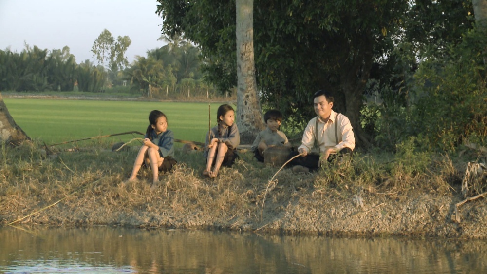 'Tiếng Sét Trong Mưa': Học ngay bí kíp 'thả thính' trai tân của 'Thị Bình' Nhật Kim Anh 1