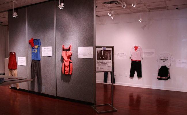 Bỉ mở triển lãm những trang phục của nạn nhân hiếp dâm để chứng minh việc ăn mặc không là nguyên nhân khiến phụ nữ bị cưỡng bức 2