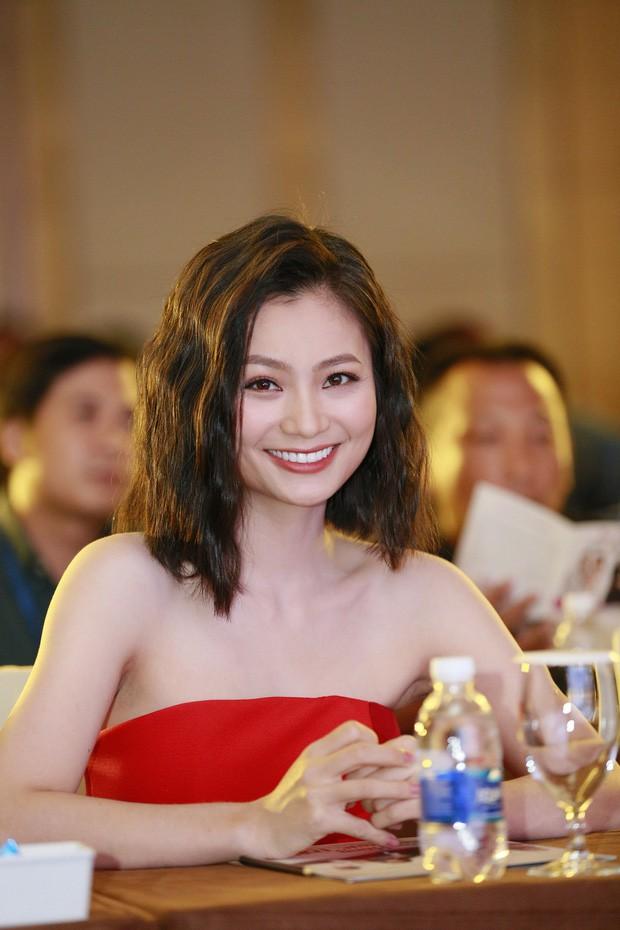 Diệu Hương cũng trở lại với truyền hình sau nhiều năm vắng bóng bằng vai diễn San trong 'Hoa hồng trên ngực trái'.
