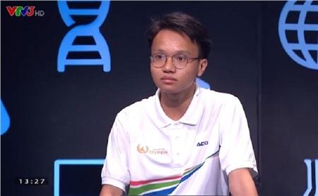 Từ người có số điểm thấp nhất, Nguyễn Huy đã bứt phá vươn lên