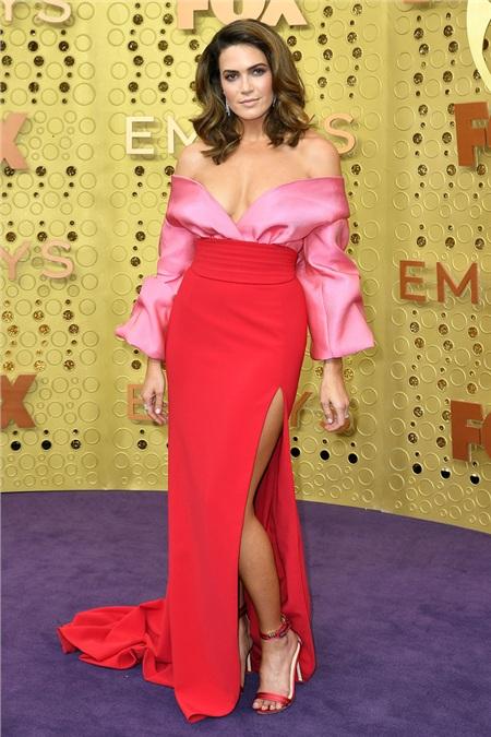 Nữ ca sĩ kiêm diễn viên Mandy Moore.