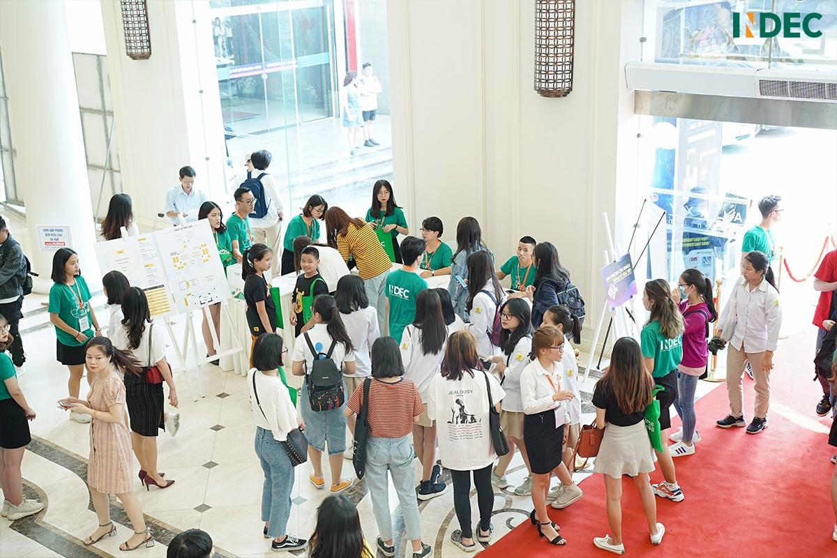 Hơn 2000 học sinh, sinh viên tham dự Indec International Fair 2019