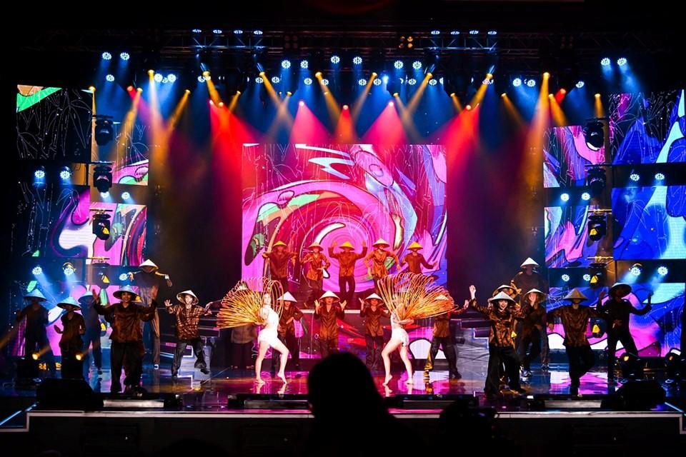 Nhà hát Corona được mệnh danh là thánh đường nghệ thuật tại Phú Quốc với sự đầu tư bài bản về hệ thống thưởng thức nghệ thuật đạt chuẩn quốc tế.