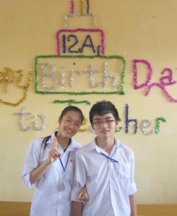 Bên nhau từ thời học sinh…