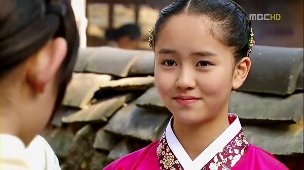 Kim So Hyun và hành trình 'lột xác' từ diễn viên nhí đến minh tinh màn ảnh dẫn đầu làn sóng Hallyu 2