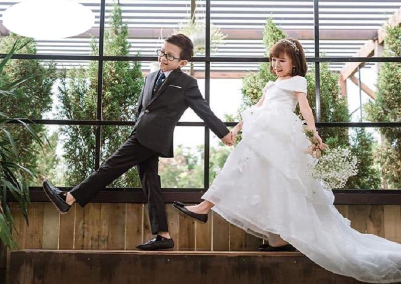 Những bức ảnh cưới của cặp đôi khiến dân tình thích thú