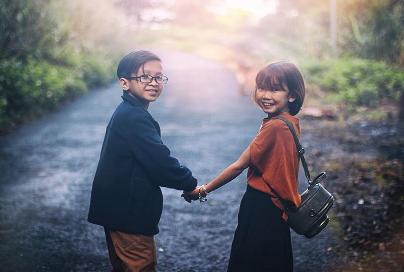 Ai sinh ra cũng có một nửa của riêng mình: Cặp đôi tí hon 'náo loạn' MXH với loạt ảnh cưới siêu dễ thương 3