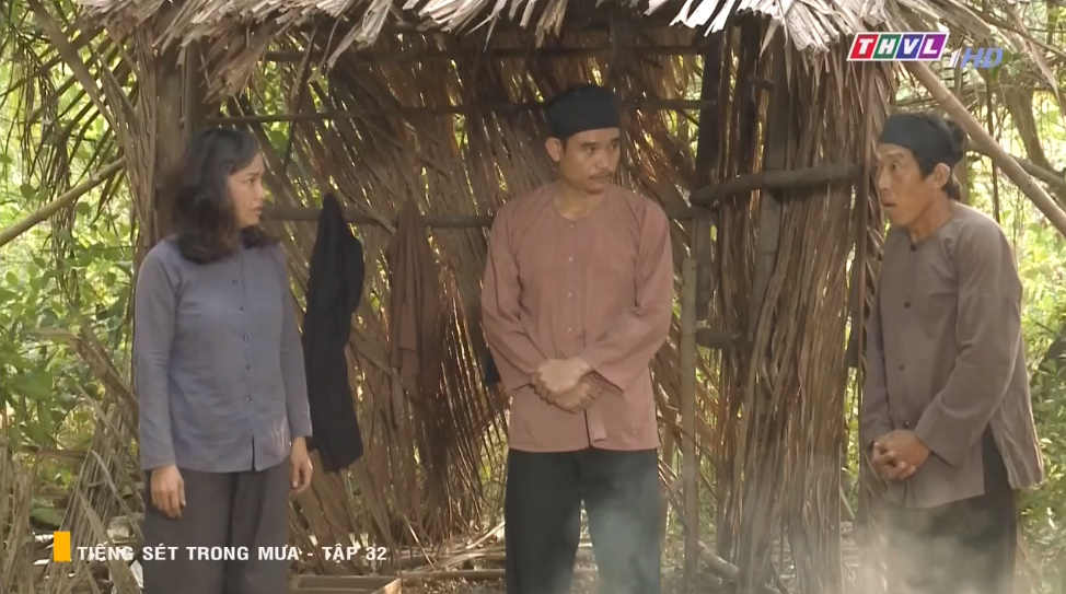 'Tiếng sét trong mưa' tập 32: Hai Sáng Cao Thái Hà 'chạy mất dép' khi bị Hiểm cầm gậy dọa đánh, thời đại của mợ sắp kết thúc rồi? 15