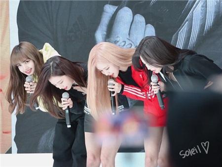 Black Pink xuất hiện tại sự kiện