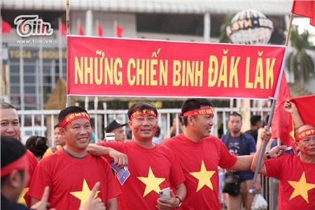 Cổ động viên Việt Nam đặt niềm tin tuyệt đối vào đội tuyển nước nhà 5