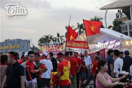 Cổ động viên Việt Nam đặt niềm tin tuyệt đối vào đội tuyển nước nhà 7