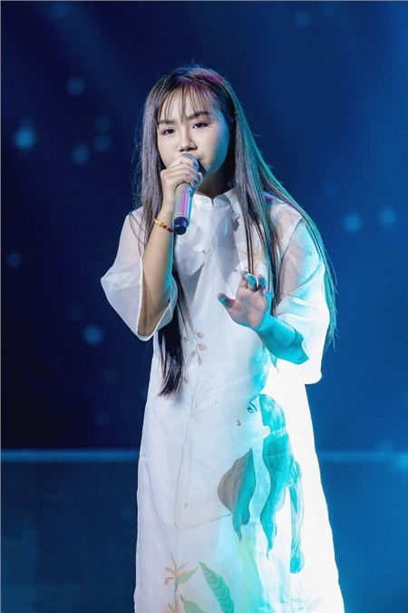 Sau khi hát tặng mẹ bị ung thư, học trò Lưu Thiên Hương tiếp tục gây xúc động mạnh 2
