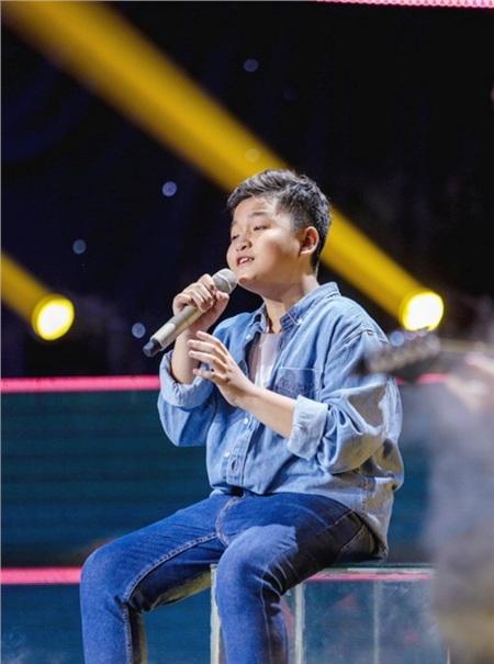Sau khi hát tặng mẹ bị ung thư, học trò Lưu Thiên Hương tiếp tục gây xúc động mạnh 4