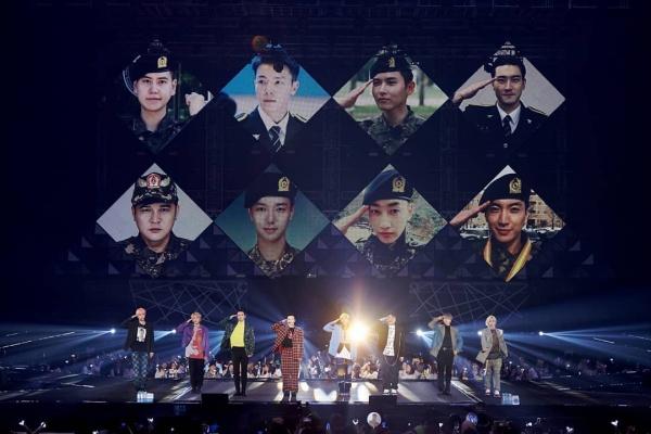 Mặt khác, Super Junior đã có chuỗi concert rất thành công, đánh dấu cho sự trở lại hoành tráng của đầy đủ đội hình(trừ Heechul tạm ngừng hoạt động vì chấn thương) kể từ khi thành viên cuối cùng là Kyuhyun xuất ngũ.