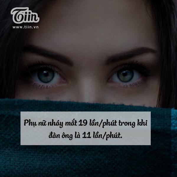 Chị em nháy mắt nhiều để làm nũng phải không?