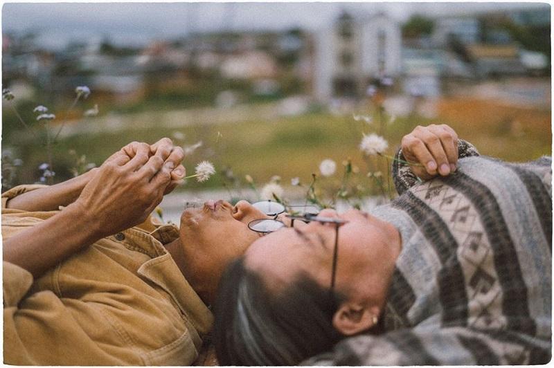 Bộ ảnh của cặp đôi U50 ở Đà Lạt: Khi con trai là photographer thì khoảnh khắc nào cũng đẹp tựa ảnh cưới 13