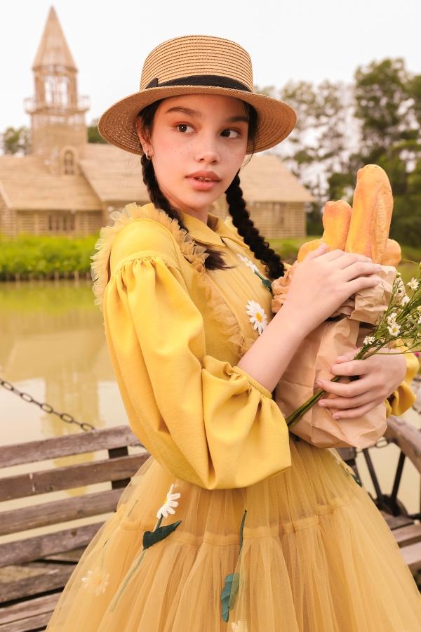 'Bản sao nhí' Hồ Ngọc Hà khiến cộng đồng mạng 'lụi tim' với nhan sắc và khí chất 'cực đỉnh' 3