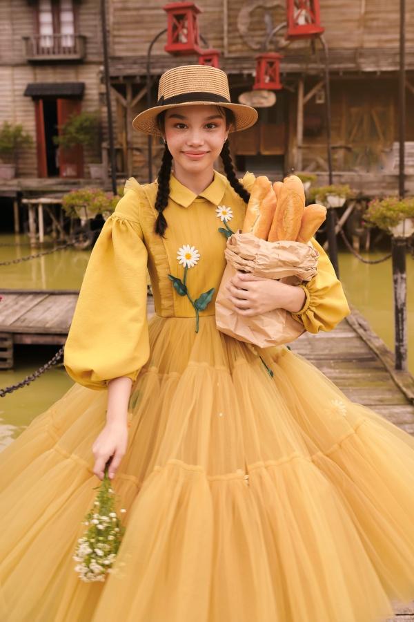 'Bản sao nhí' Hồ Ngọc Hà khiến cộng đồng mạng 'lụi tim' với nhan sắc và khí chất 'cực đỉnh' 5