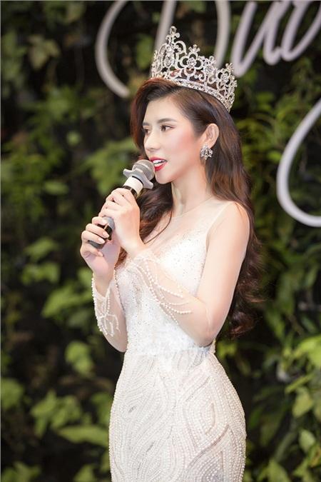 Hoa hậu Dương Yến Nhung chia sẻ về khoảng thời gian kinh doanh thất bại, trầm cảm.