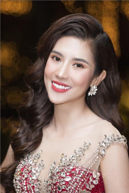 Cô cho biết bản thân đang ấp ủ nhiều dự án và sẽ từng bước cùng ekip thực hiện, góp phần quảng bá văn hóa, ẩm thực Việt đến bạn bè năm châu.
