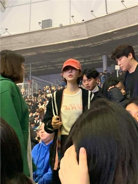 Tình bạn bao năm giữa Yoo In Na và IU chắc chắn không cho phép nữ diễn viênGoblinbỏ qua sự kiện âm nhạc quan trọng mà cô bạn thân tổ chức.