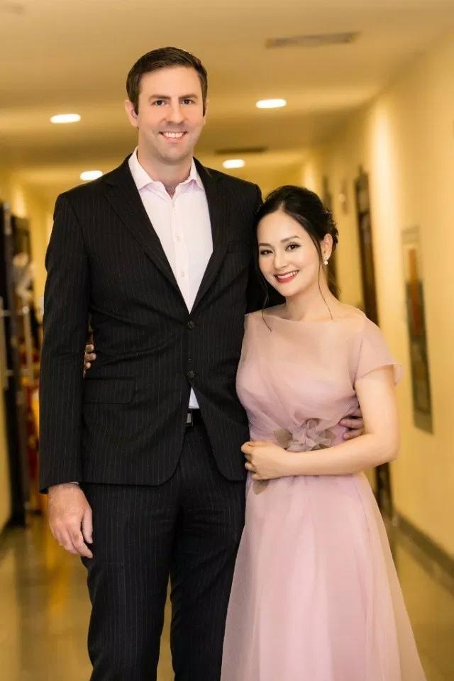Lan Phương và chồng