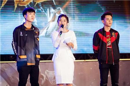Những bóng hồng xinh đẹp 'gây thương nhớ' của làng eSports Việt Nam 2