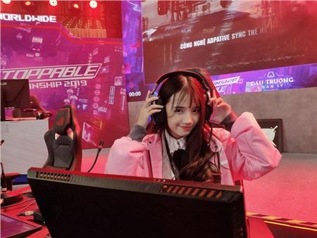 Những bóng hồng xinh đẹp 'gây thương nhớ' của làng eSports Việt Nam 12