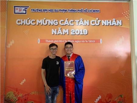 Khoa tốt nghiệp bằng Giỏi khoaSư phạm vật lý tạiTrường Đại học Sư phạm Thành phố Hồ Chí Minh