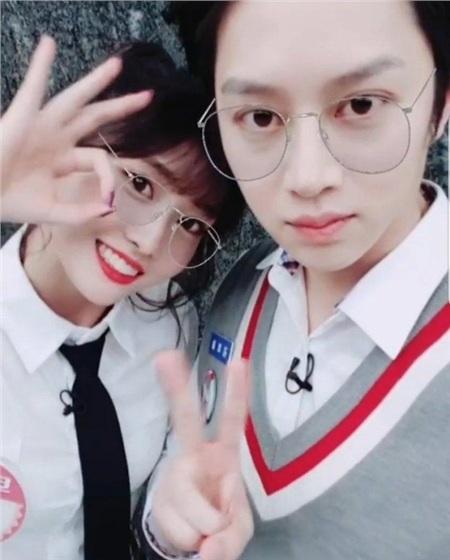 Cặp đôi 'trái khoáy' Heechul - Momo: Chàng lúc nào cũng 'lồng lộn' sang chảnh còn nàng thì đơn giản là nhất 18