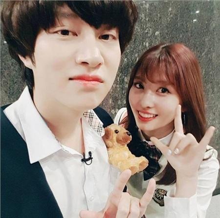 Cặp đôi 'trái khoáy' Heechul - Momo: Chàng lúc nào cũng 'lồng lộn' sang chảnh còn nàng thì đơn giản là nhất 20