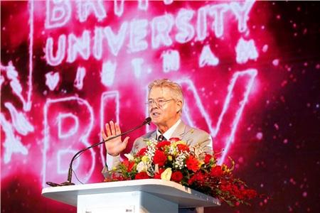 Trường Đại học Anh Quốc Việt Nam kỷ niệm 10 năm thành lập 2