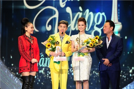 Công bố 5 giải Mai Vàng đầu tiên: Hoàng Thùy Linh, Ngô Kiến Huy thi nhau 'rinh' giải về nhà 0