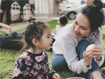 Gia đình nhỏ tràn đầy hạnh phúc của Kim Hiền.