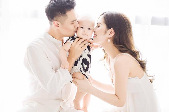 Việt Anh lần thứ 2 đổ vỡ hôn nhân.