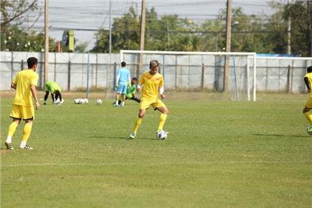 Các cầu thủ đều khá tập trung và 'nuốt' gọn bài tập, yêu cầu của Ban huấn luyện