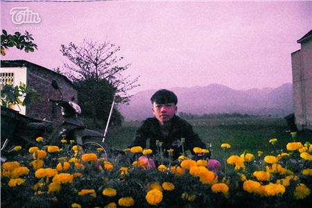 Cảnh tượng trái ngược chợ Tết: Quầy thịt lợn đông như đại hội, hàng hoa ế ẩm, giá giảm mạnh vẫn vắng khách 3