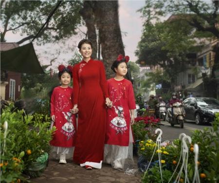 Ngoài những dự định trong sự nghiệp, Thanh Hương cũng cho biết 2020 cô muốn dành thời gian chăm lo cho các con.
