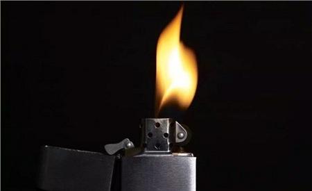 Không nên cho lửa vào ngày mùng 1. Ảnh minh họa