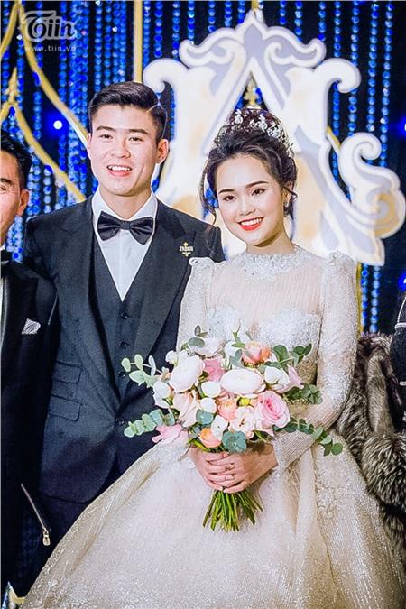 Quỳnh Anh trước giờ vẫn được Duy Mạnh gọi với cái tên thân thương là 'công chúa béo'. Hôm nay đích thị đã hóa thành công chúa ngoài đời thực khiến nhiều người phải trầm trồ.