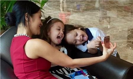 Mê mẩn trước những cặp song sinh đẹp như thiên thần của sao Việt 12