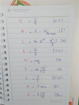 Vật lý cũng có nhiều công thức lắm, đừng quên cái nào nhé