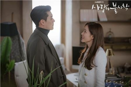 Son Ye Jin - Hyun Bin bất ngờ làm đám cưới, 'ông tơ bà nguyệt' chính là fan Việt? 1