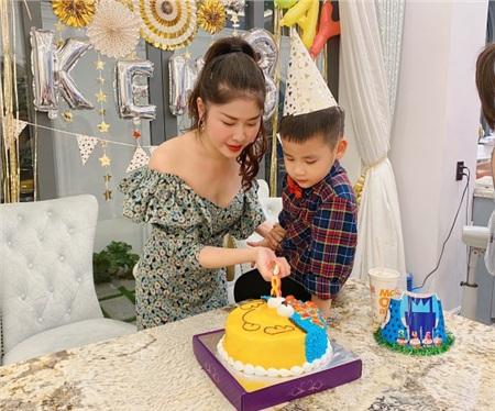 Phong cách sinh nhật 'chuẩn' mùa Corona của cậu cả nhà Đăng Khôi - Thủy Anh 4