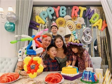 Phong cách sinh nhật 'chuẩn' mùa Corona của cậu cả nhà Đăng Khôi - Thủy Anh 2