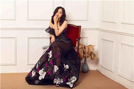 Khác với những người đẹp thích sự ồn ào, Mai Phương Thúy là người đẹp kín tiếng, ít vướng vào thị phi trong giới showbiz.