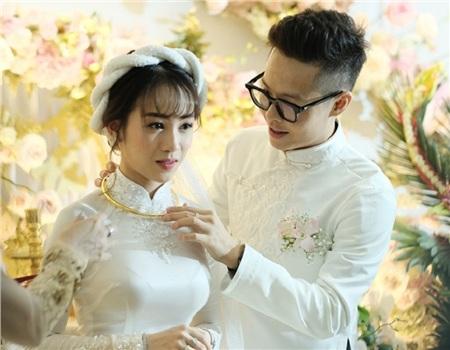 Joyce Phạm và chồng là Tâm Nguyễn trong đám cưới.