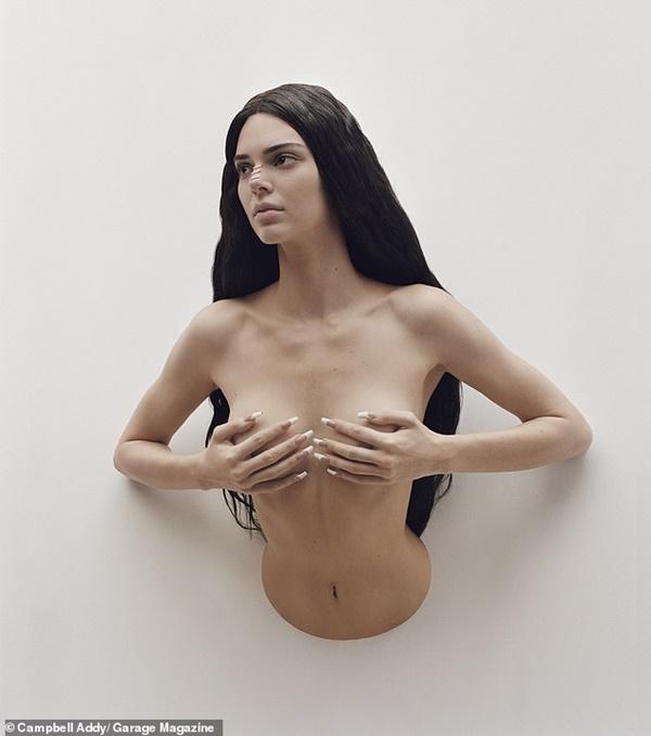 Kendall Jenner chứng minh nhan sắc 'vượt mọi chuẩn mực cái đẹp', chụp ảnh bán nude nhưng không hề phản cảm 1