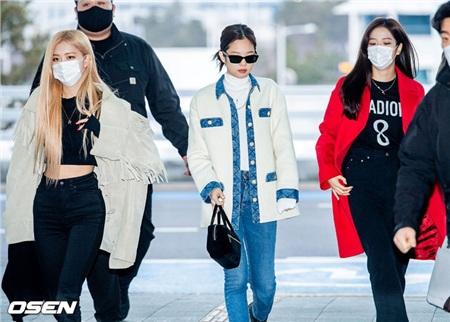 Jennie bị chỉ trích dữ dội vì 'không làm gương' cho fan.